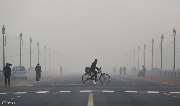 Hajnal Delhiben