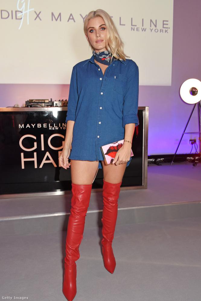 Ő pedig szintén egy brit realitysztár, Ashley James