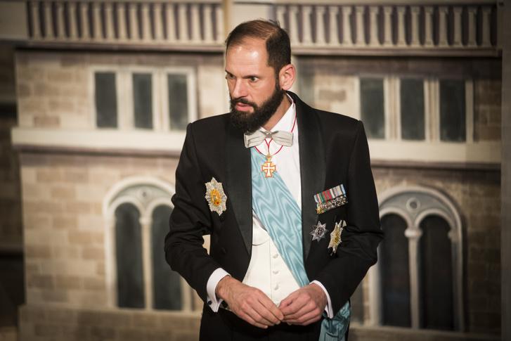 Széles Tamás - János herceg, miniszterelnök