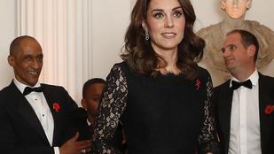 Ez a csipkés estélyi lenne Katalin hercegné kedvenc terhesruhája?