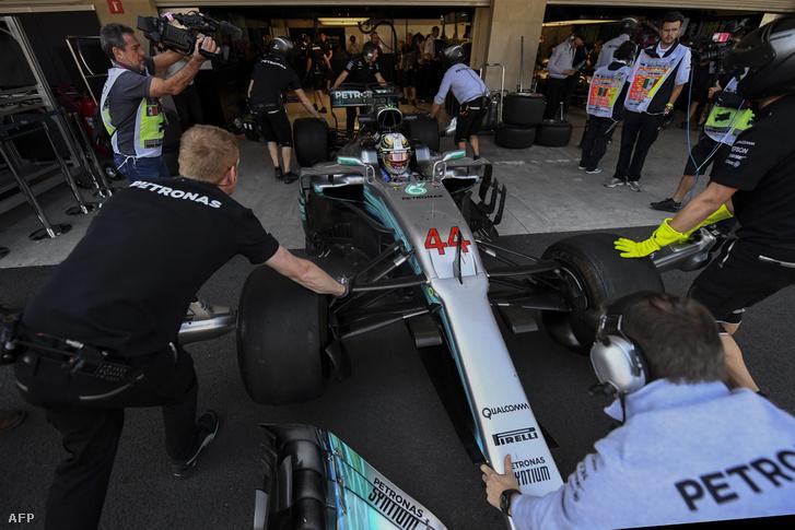 Új dolgok fognak feltűnni a Mercedesen, főleg Hamiltonén