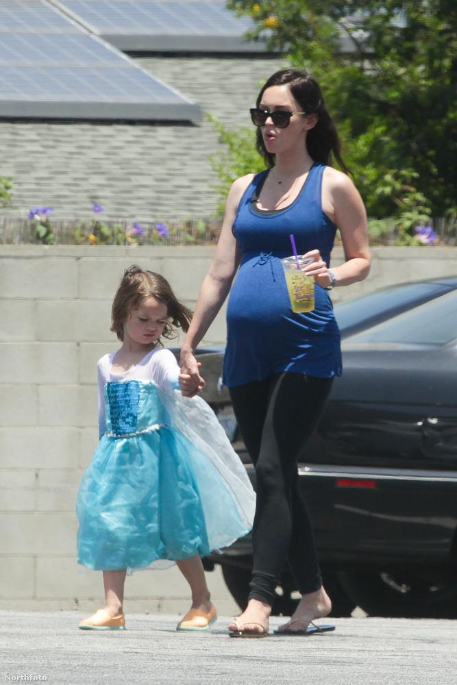 Noah ShannonEzen a fotón Megan Fox és kisfia, Shannon láthatóak.