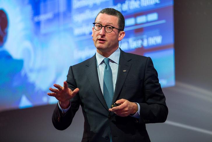 Duncan Tait, a Fujitsu európai, közel-keleti, afrikai és amerikai regionális vezetője a 2017 Fujitsu Forumon Münchenben.
