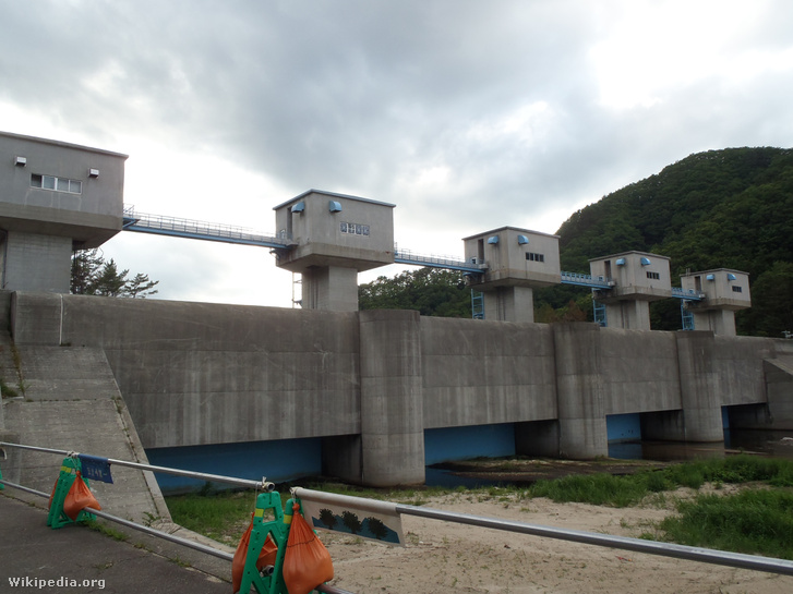 Fudai Floodgate (sea side)