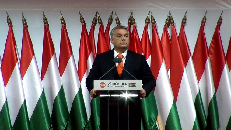 Csengettyűből lett óriási haranggá a Fidesz, és megvédi Európa jövőjét