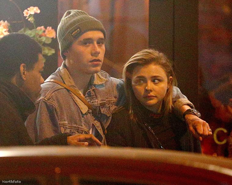 Szintén egy régről ismert pár: Brooklyn Beckham és Chloe Moretz.