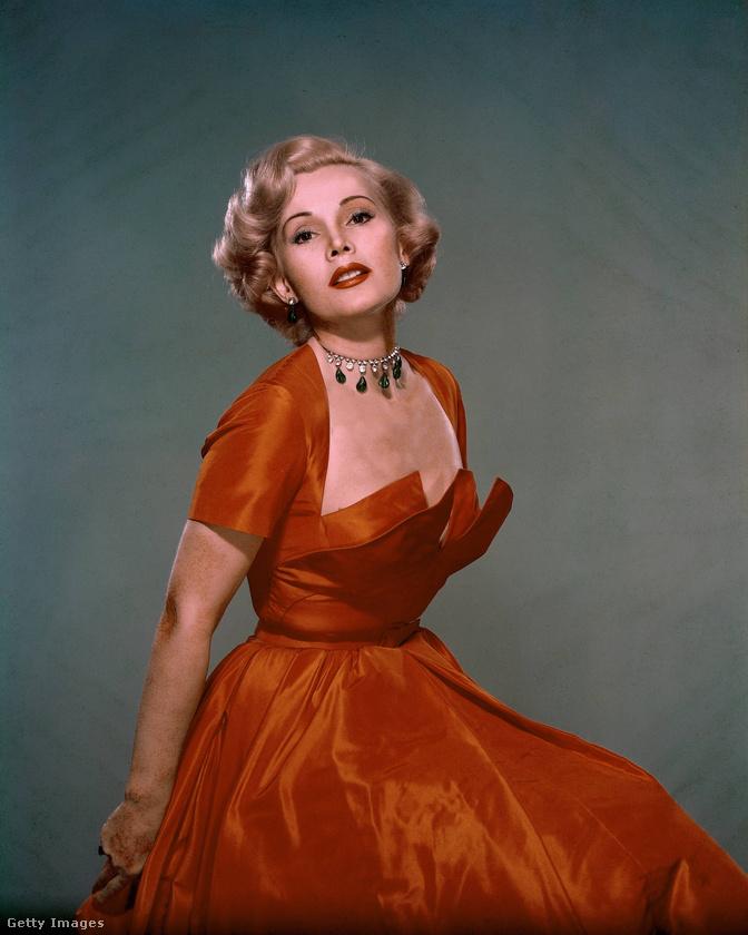A 99 évesen elhunyt színésznő nagy rajongója volt a gyémántoknak, de állítólag ez volt az egyik kedvence.