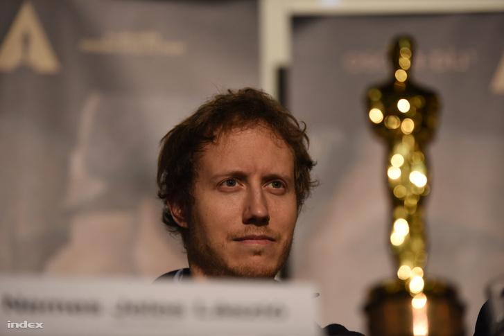 Nemes Jeles László a Saul fia stábjának Oscar-díjátadó utáni első hazai sajtótájékoztatóján 2016 március 2-án.