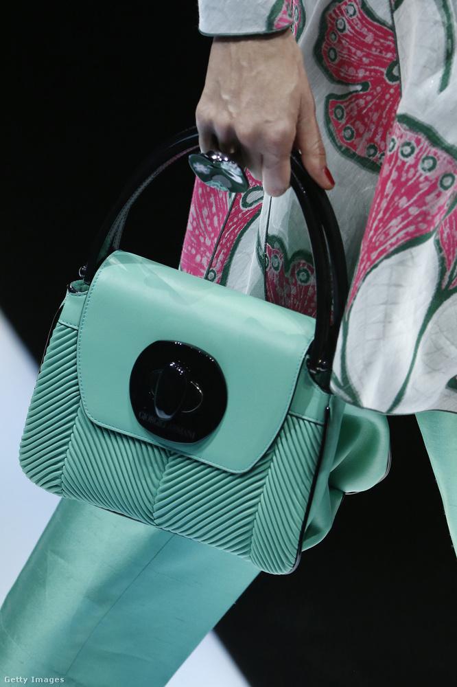 Giorgio Armani  színekben és vintage formában gondolkodott.