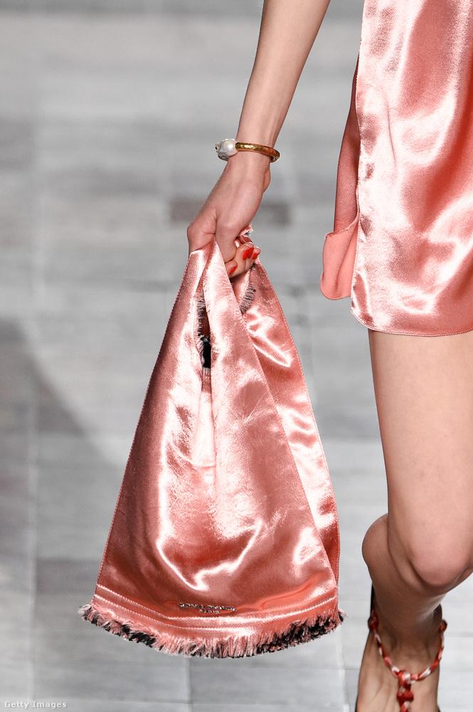 Kombiné anyagból készült szatén táska Sonia Rykieltől.
