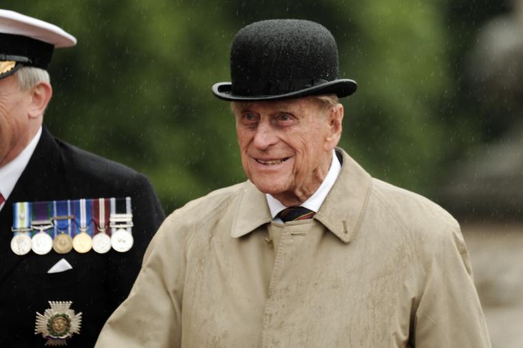 Ám a herceg idén májusban bejelentette: most már ebből is elege van, nyugdíjba kíván vonulni és nem szeretne több nyilvános szereplésen részt venni.