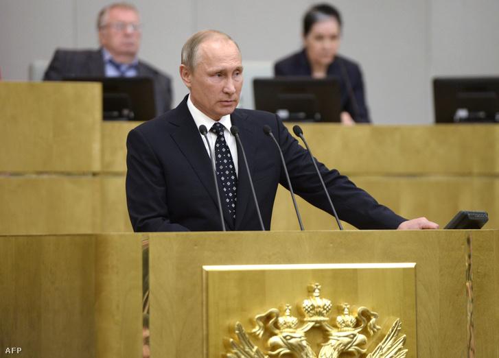 Vlagyimir Putyin az orosz parlament, a Duma ülésén