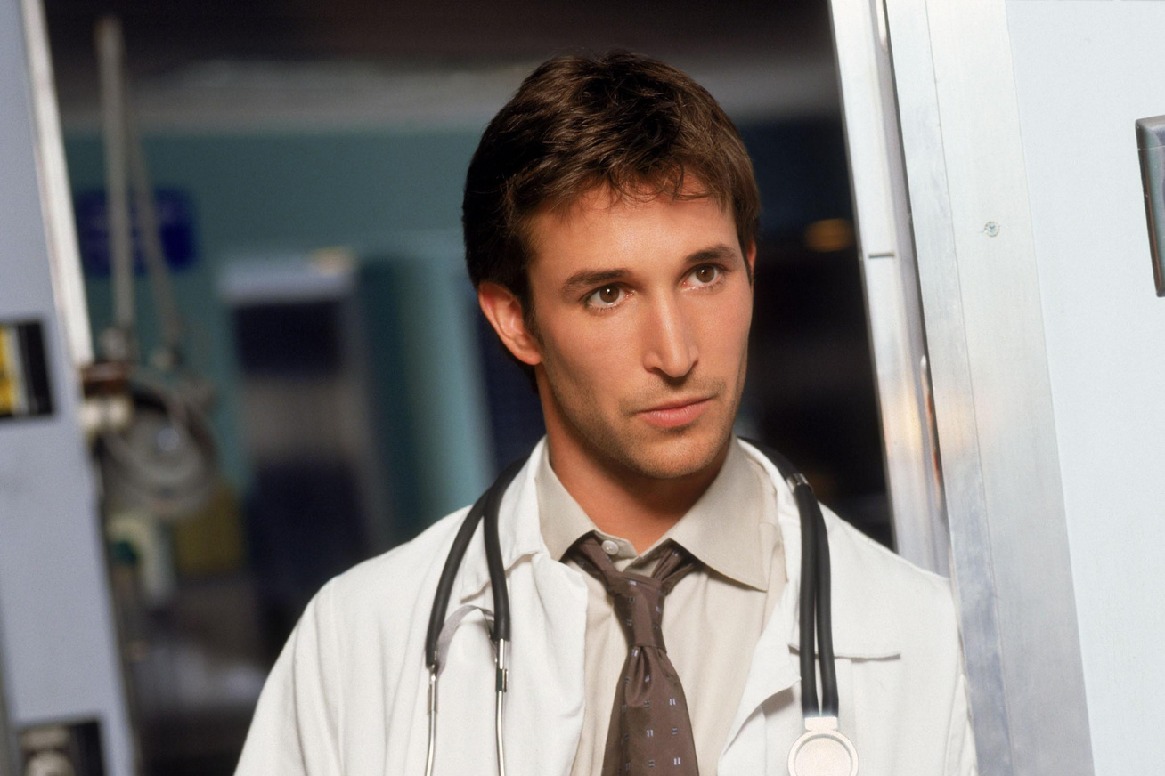 noah-wyle-cover-1