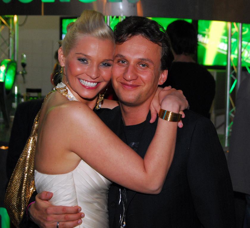 Lilu 2004-ben, A rettegés foka forgatásán szeretett bele Árva Lászlóba, aki operatőrként dolgozott a műsorban.