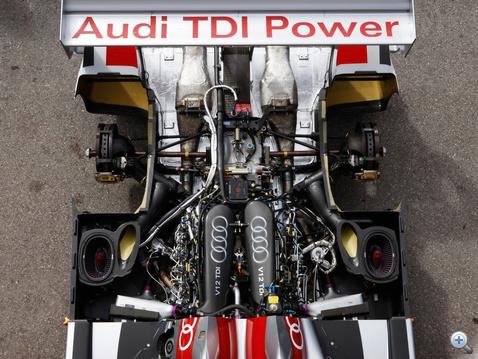 Motorsport és dízel technika, ma már nem áll távol egymástól. Itt a költség nem számít.