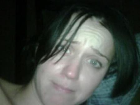 Katy Perry ébredés után, smink nélkül (Fotó: Russell Brand)