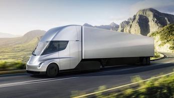 Tovább csúszik a Tesla kamion gyártása
