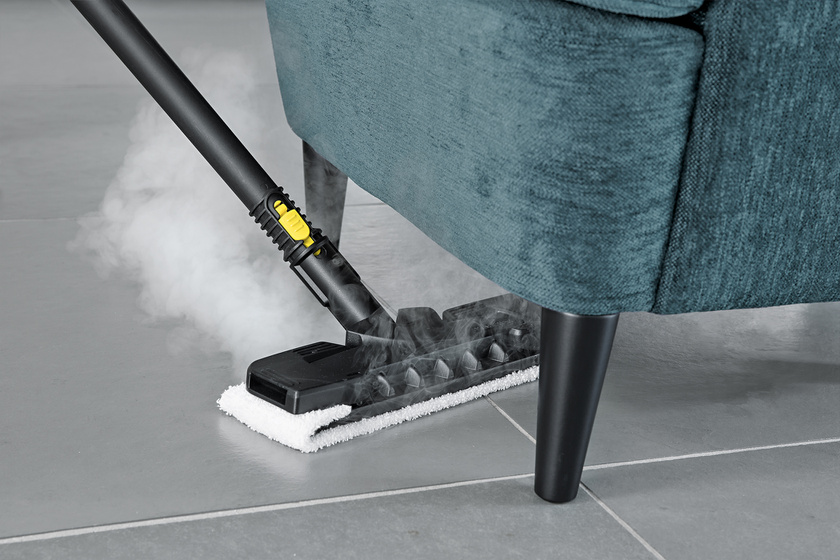 SC 3 floor nozzle comfort app 6 CI15-105562-CMYK