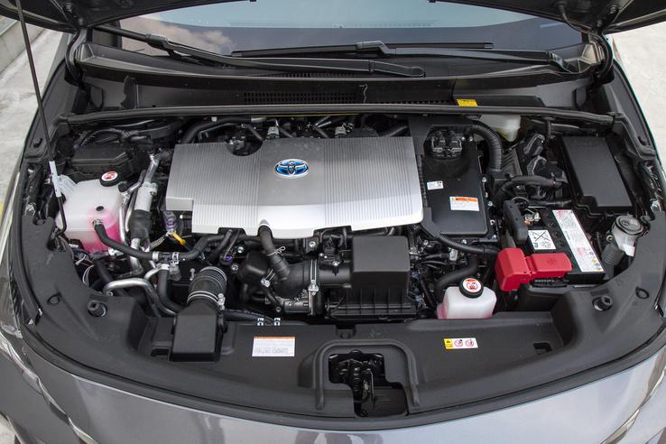 A benzinmotor elképesztően jó, 40 százalékos hatásfokot is elér, innen a benzines mód takarékossága