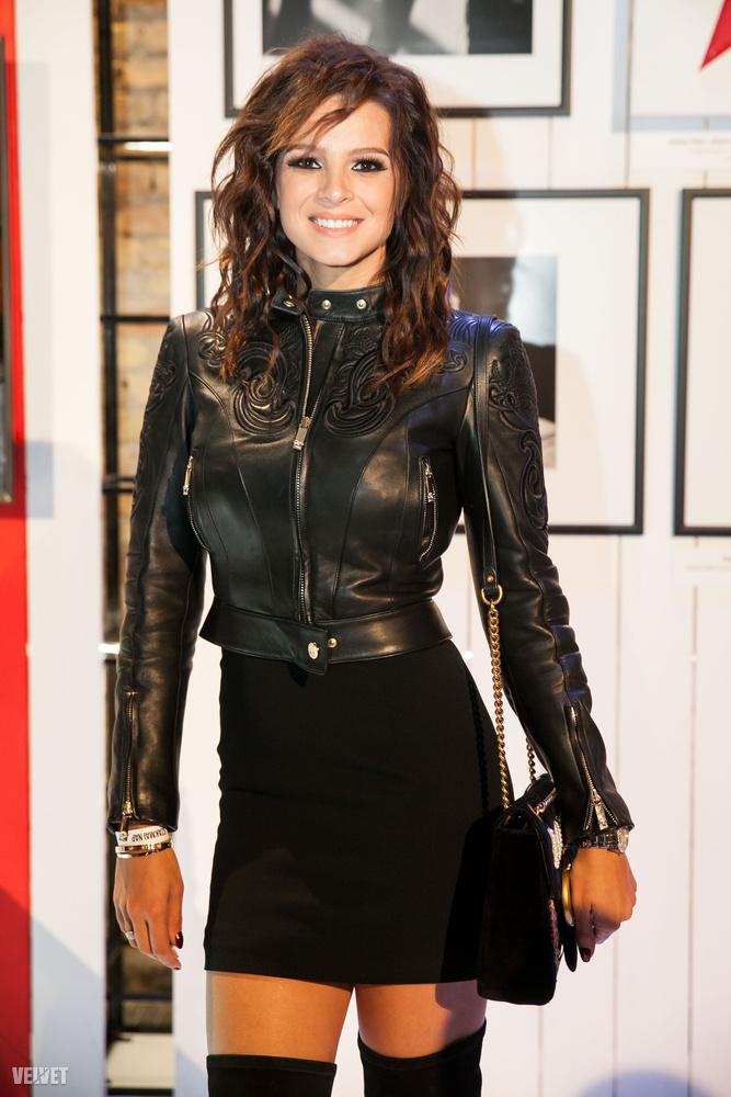 Mint arról már írtunk és még fogunk is, péntek este megtekintettük a Marie Claire Fashion Days nyitórendezvényét