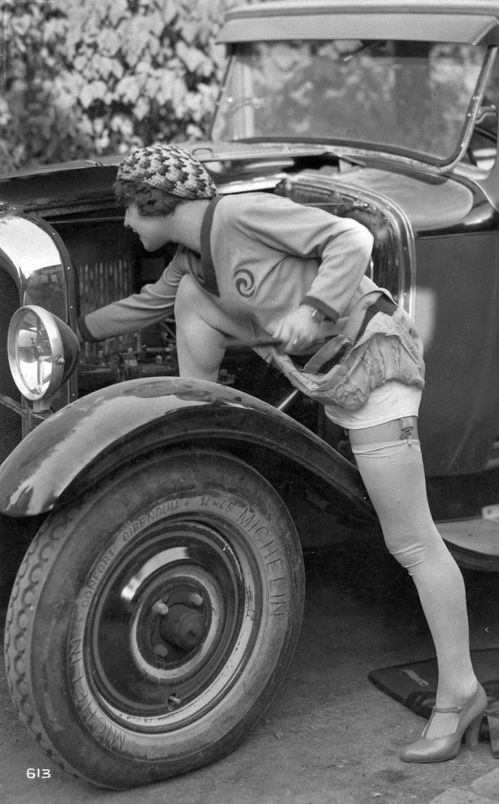 1928, autók és nők