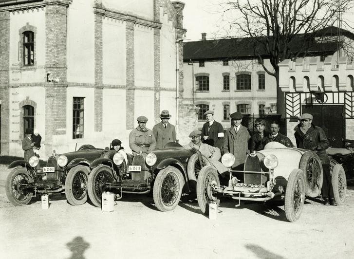 1928 Zsolt utca 9., Bugatti vezérképviselet