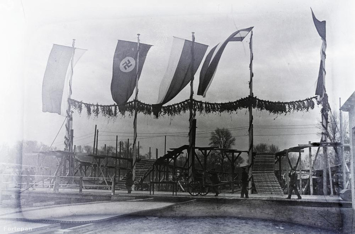 """A """"dísztribün"""" a BRP CÁR BORISZ III. (1941) motorhajó építésének megkezdése előtt 1939. november 30-án."""
