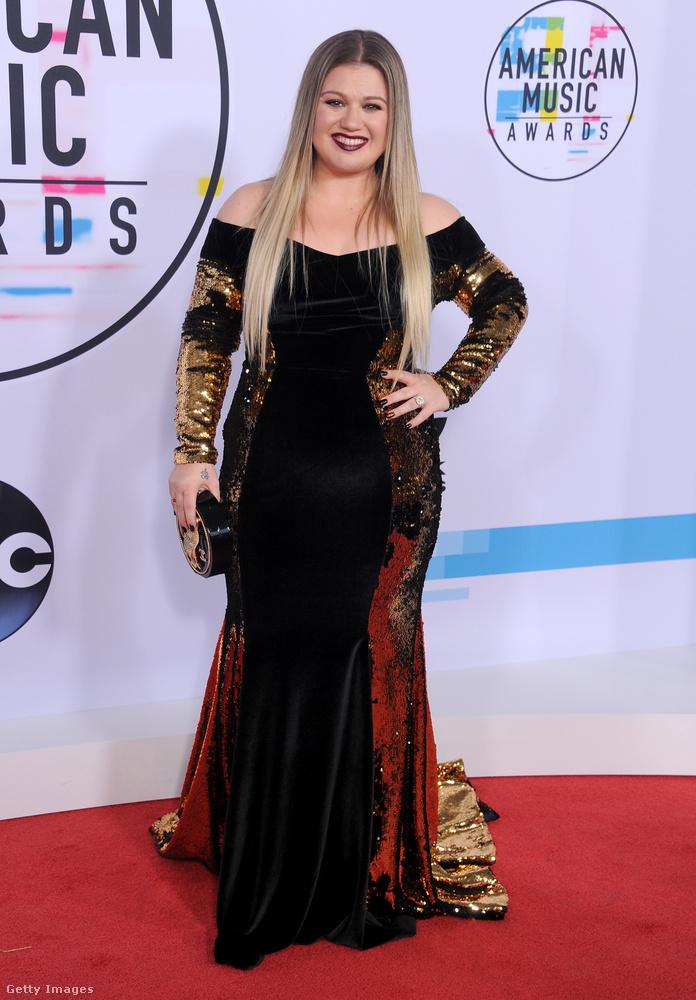 Kelly Clarksontól a Stronger című számot ön is biztosan ismeri, ezt a középen homokóra-alakú, a két szélen meg színes fazont viszont mástól is bizonyára rengetegszer látta már