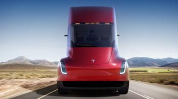 Az idén sem kezdik gyártani a Tesla kamionját?
