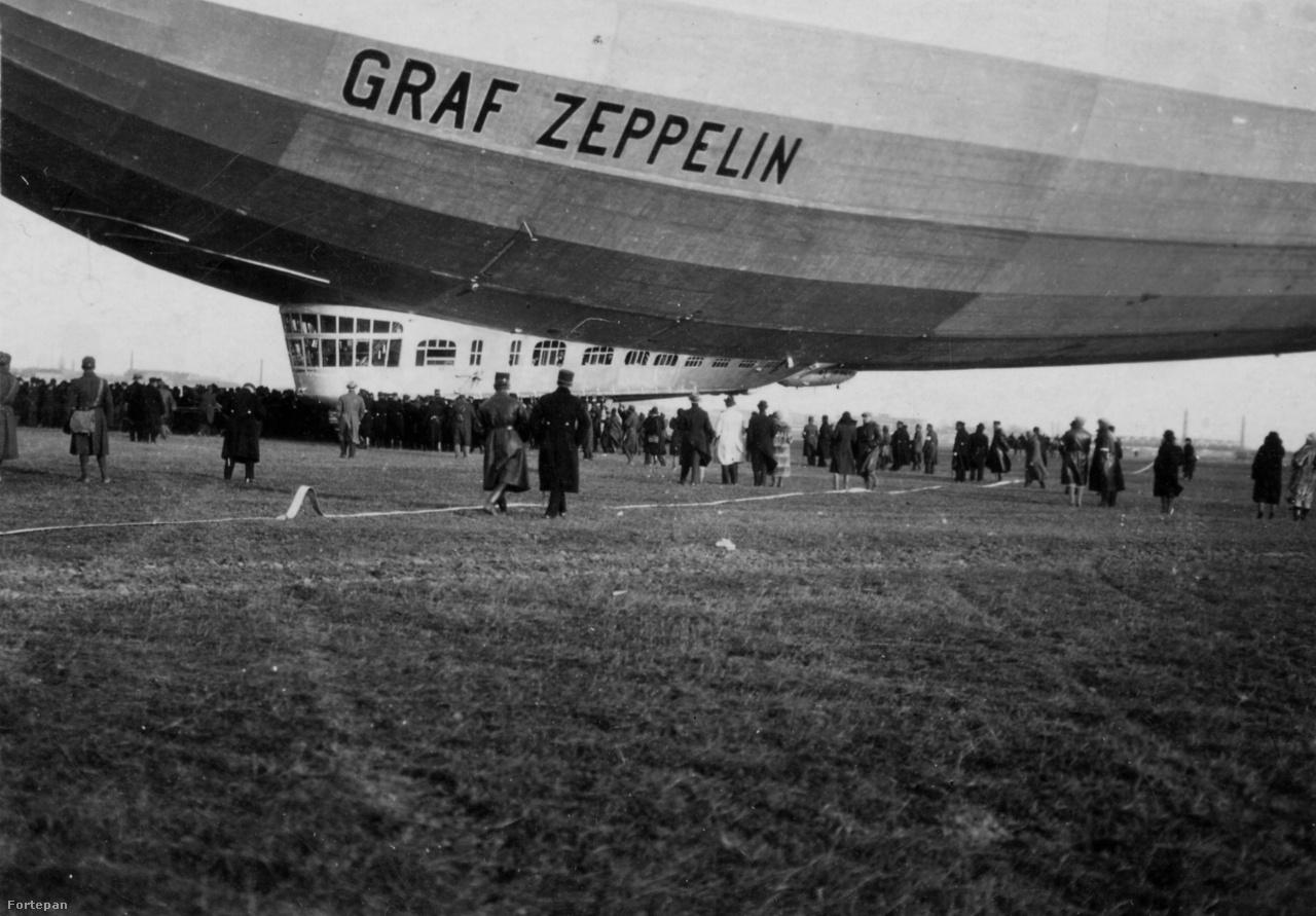 A Graf Zeppelin 1931. március 29-én vasárnap reggel 8 órakor landolt a csepeli repülőtéren.