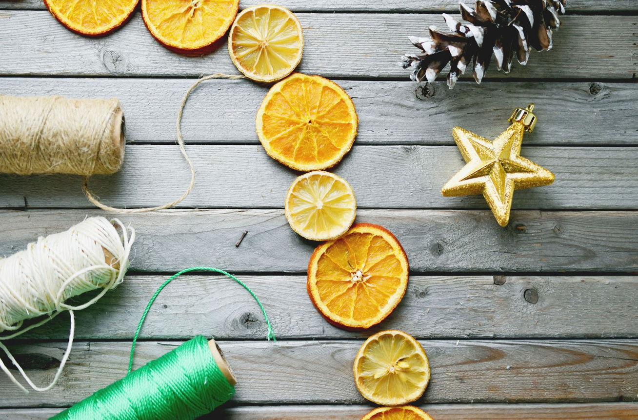 twine-for-dried-lemons-and-oranges-garland