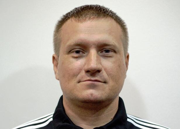 Az életmentő bíró, Molnár László