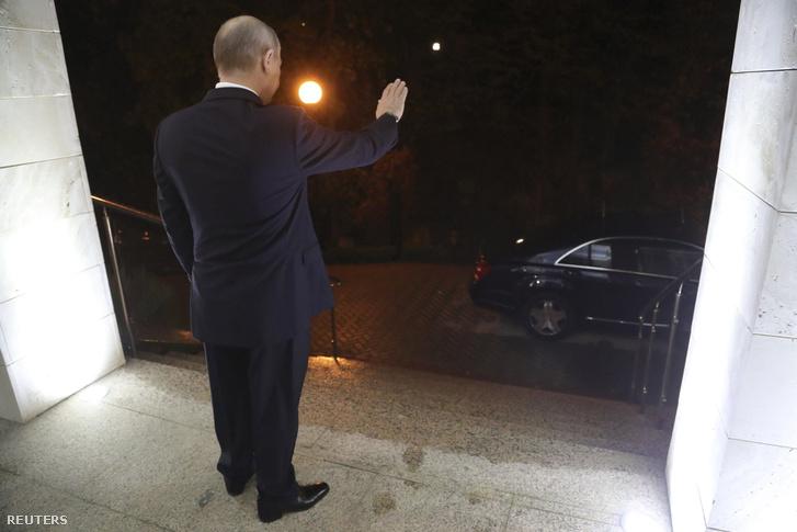 Putyin búcsúzik
