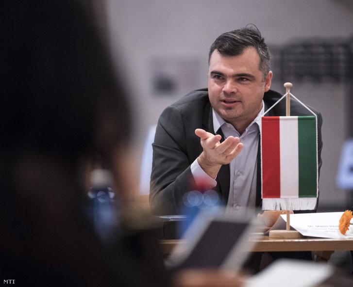 Vaszily Miklós a Médiaszolgáltatás-támogató és Vagyonkezelő Alap (MTVA) vezérigazgatója a visegrádi országok (V4) közszolgálati médiumvezetőinek tanácskozásán Visegrádon a királyi palotában 2017. november 14-én.