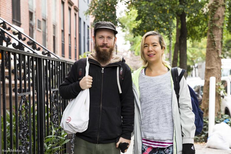 Fogták és felújították a lakást, majd úgy döntöttek, hogy kicsit hajléktalan üzemmódba váltanak, hogy a hitelt minél hamarabb ki tudják fizetni.