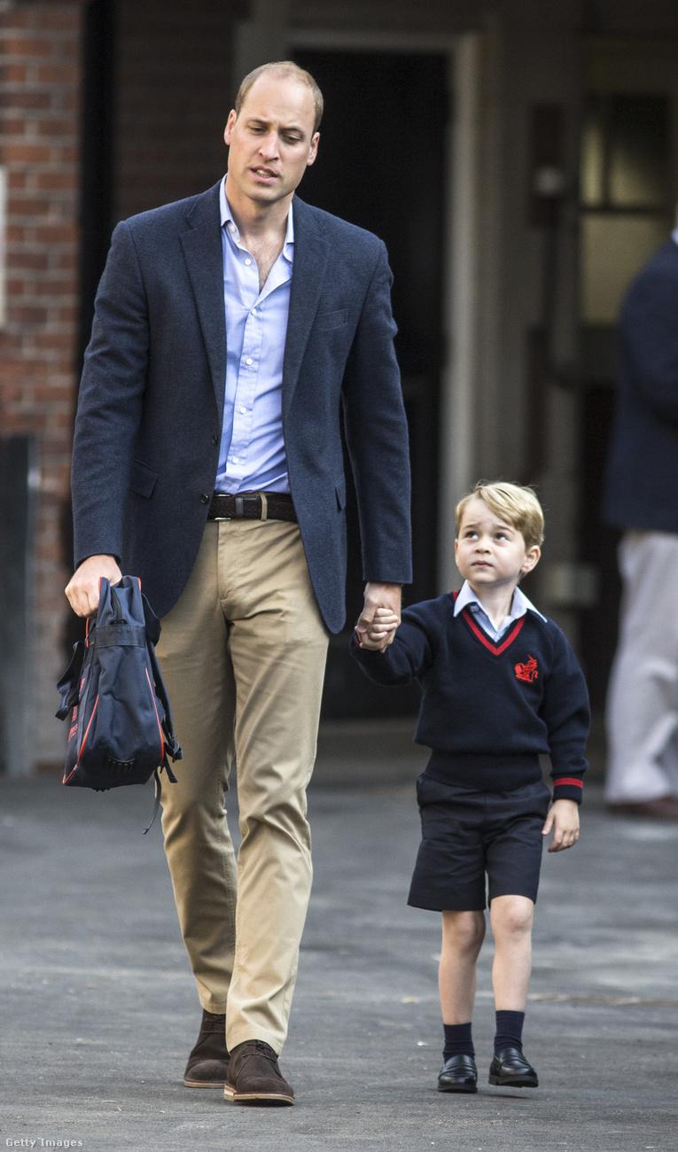 György és a stílusérzékUgyancsak a National Enquirer leplezte le György herceget, akinek elege lett a gyerekruhákból, és lenyúlta apja egyik nadrágját, hogy végre ne kelljen rövidgatyában mennie mindenhová