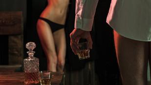 Mi marad utánam (a kifolyt spermán, kihányt whiskyn kívül)?