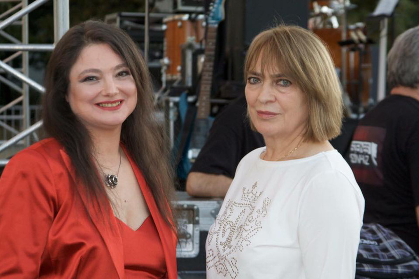 Kovács Kati és Szenes Andrea ma.