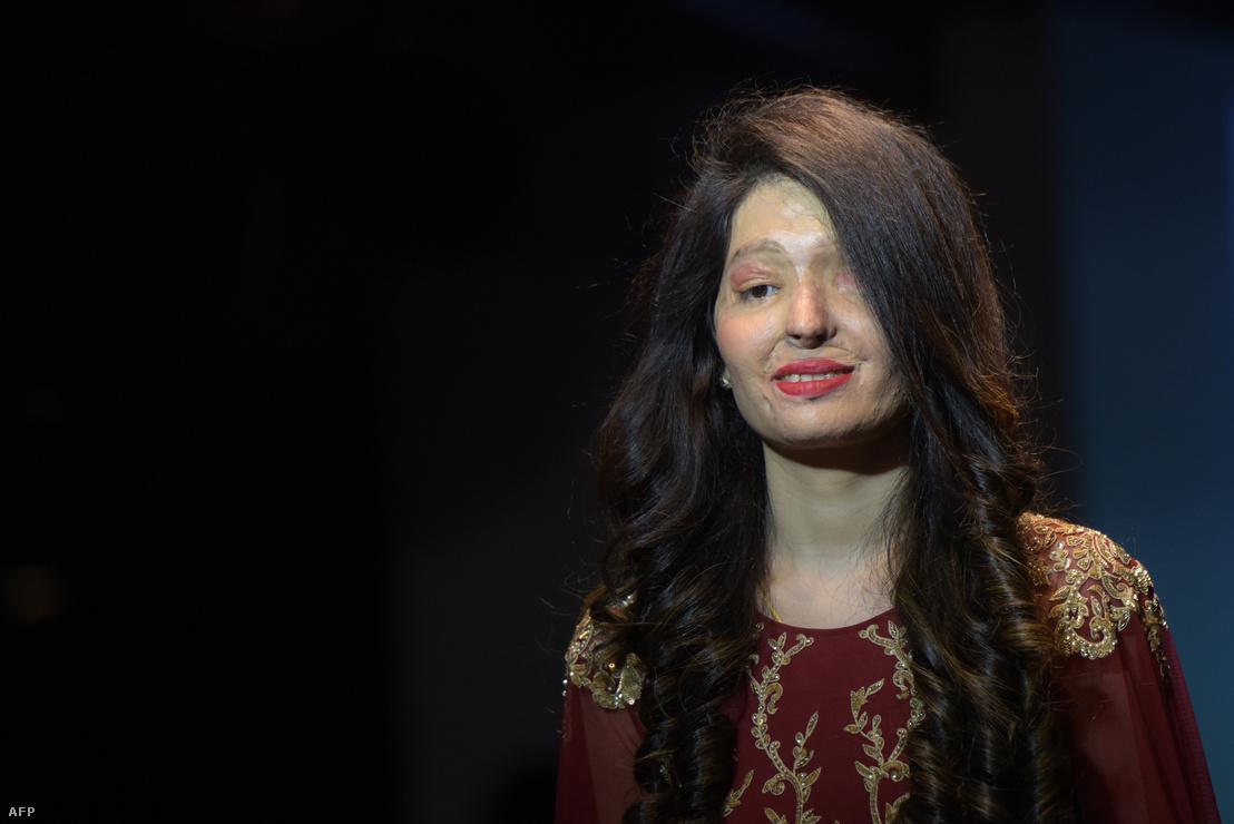 Reshma Qureshi a Make Love Not Scars november 25-i divatbemutatóján