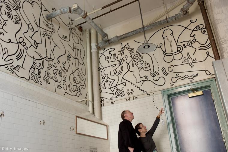Haring ezt a klotyót 1989-ben rajzolta tele.