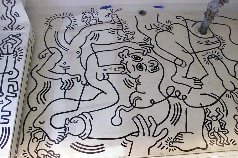 Biztosan nem véletlen, hogy ez a rajz (is) Picassót idézi, többek között a második világháború borzalmait előrevetítő Guernica juthat az ember eszébe