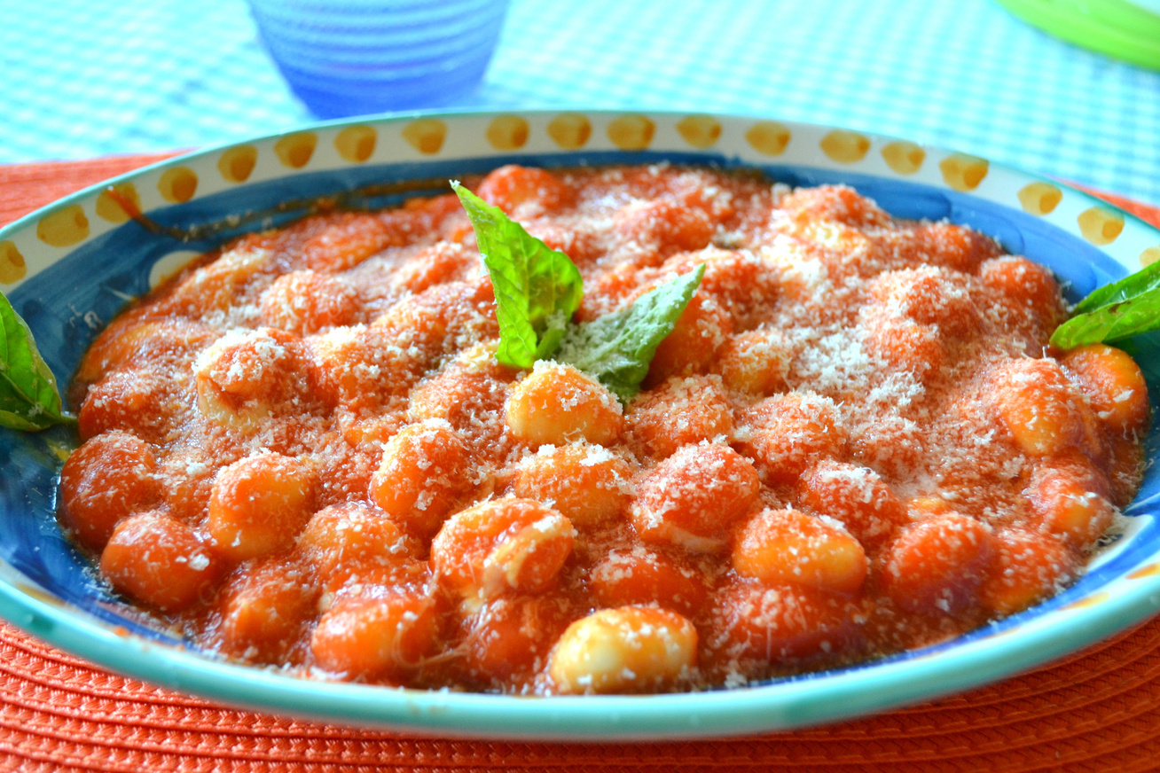 Olaszos gnocchi paradicsomszósszal és sajttal - Így készül a házi tészta