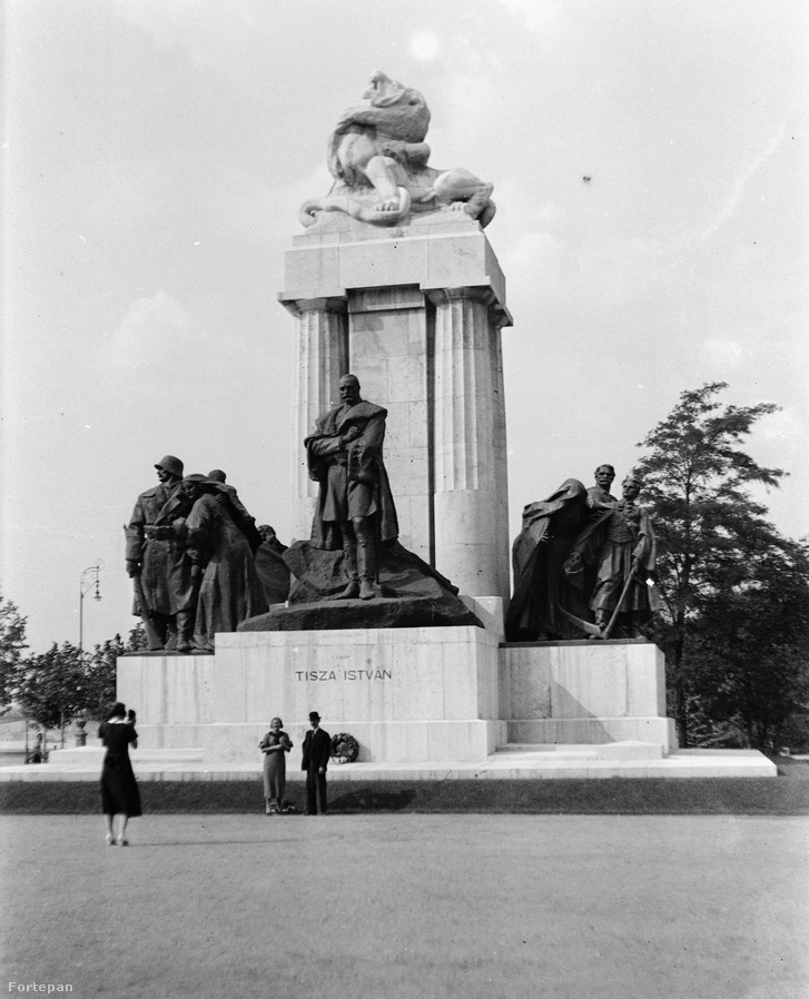 Tisza szobra 1938-ban