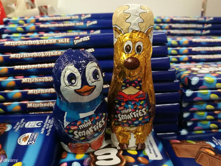 De visszatérve a Smarties karácsonyi állataira, itt egy pingvin és egy törpeszarvas