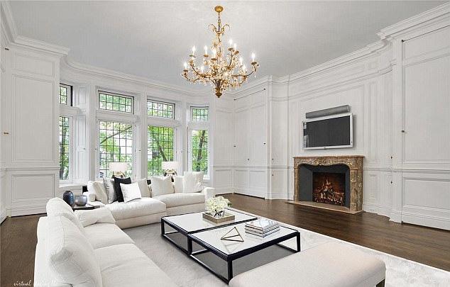 A házat 52 millió dollárért - azaz átszámítva 13,6 milliárd forintért - vásárolták, hogy Nicole Kidman valóra válthassa egy régi álmát, és szerepelhessen a Broadway-n.