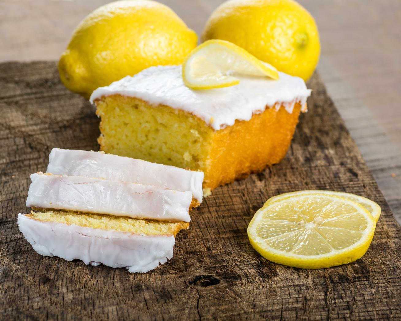 Így lesz tökéletes a cukormáz: bevált tippek profi cukrászoktól