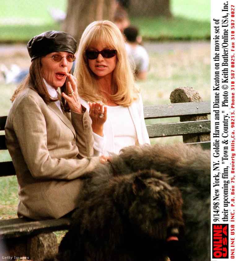 Diane Keaton és Goldie Hawn az Elvált nők klubja című film forgatásán a 90-es évek közepén