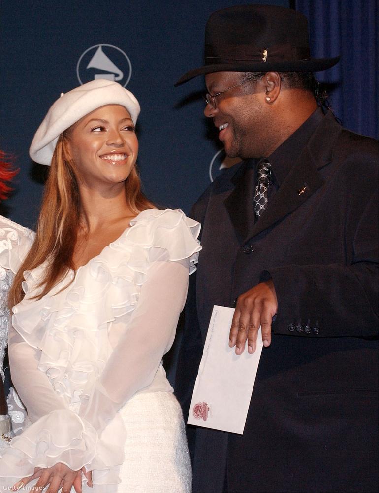 Beyoncének is volt pár ilyen sapkája a 2000-es évek elején