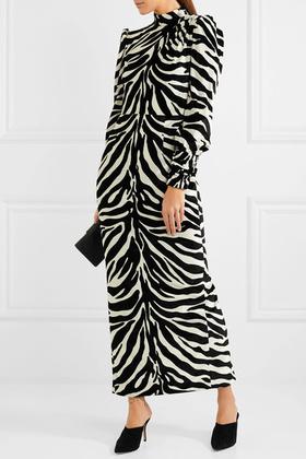 Meglepő, de a Vogue szerint nem ciki zebrának öltözni karácsonykor