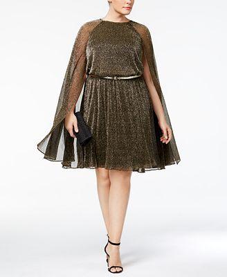 A Calvin Klein is gondolt a teltkarcsú nőkre, ezért az elegáns koktélruháért 169 dollárt, kb.44 ezer forintot kérnek.